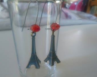 Beautiful dangling earrings. Bronze and Red eiffel tower collection