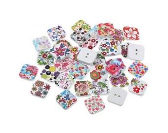 100 multicolored buttons square 19x19mm