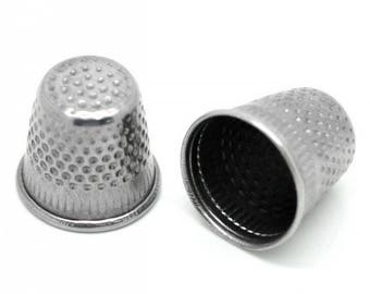 30 slip-resistant 18mm steel thimbles