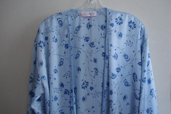 VINTAGE OSCAR De La RENTA Wrap Robe / Powder Blue