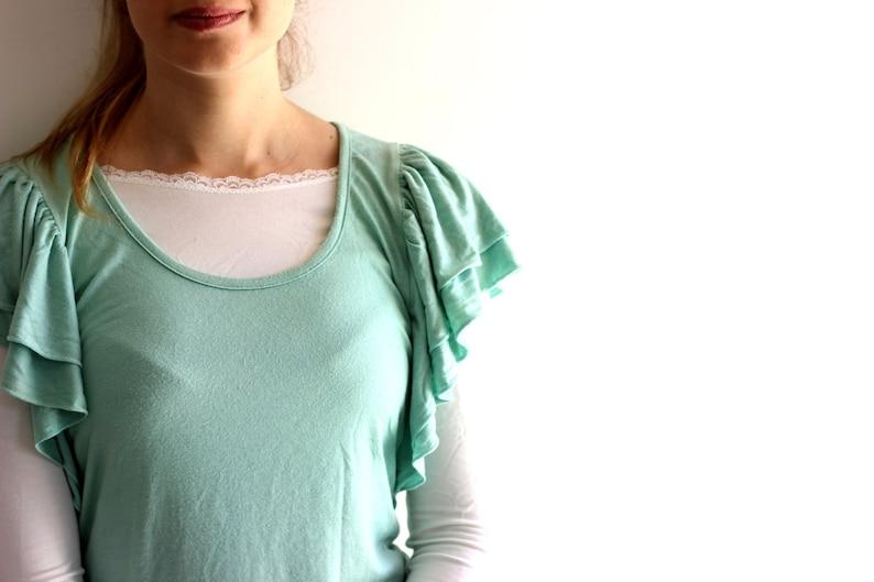 7b5002a5d0b Crop top High cut model Modest clothing modesty panel