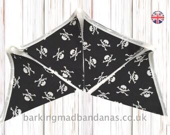 Pirate Bunting, Skull Bunting, Halloween Bunting, Handmade Cotton Bunting, Home Decor, Party Bunting UK