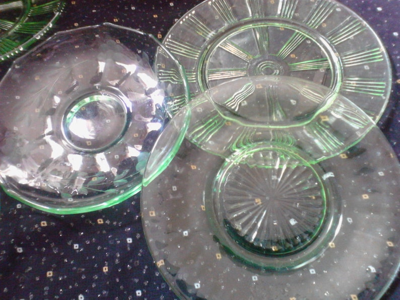 Uranium Green Mismatched Set of Depression Glass Saucers /& Dessert Plates Shabby Cottage Chic Kitchen Vintage Collection Free Shipping