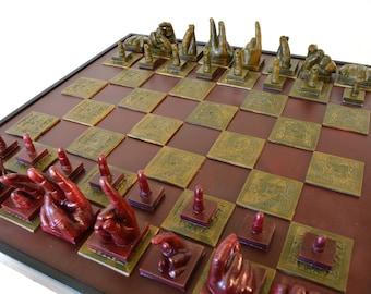 Sonam #1 Complete Chess Set, mano de yeso de tamaño completo, Resumen, 36 X 36 pulgadas