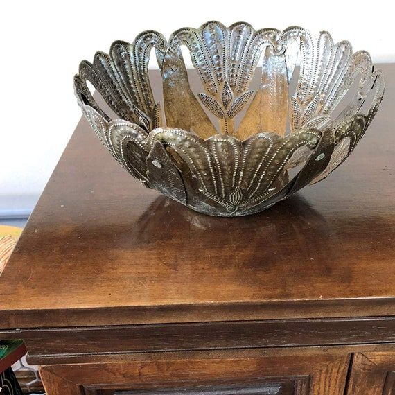 "Large Metal Bowl, with Tulip Flowers, Rustic Farmhouse Decor, Decorative Home Decor, Handmade in Haiti 9.5"" x 9.5"" x 4.5"""