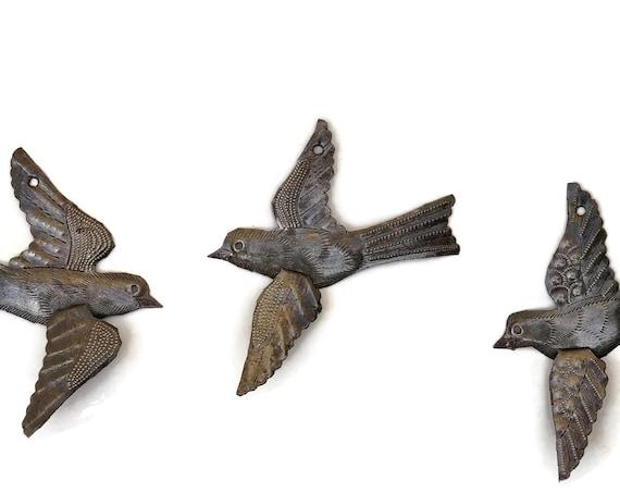 Metal Birds, Set of 3, Handmade Wall Art, Folk Art, 3-D, Bird Collectibles, Novelty Gift, Facing Left and Right Mix, 5 x 4.5 Inches
