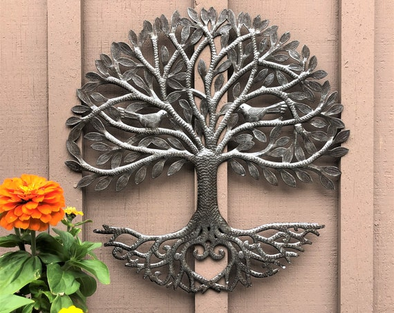 "Loving Garden Metal Tree of Life, Indoor and Outdoor Wall Decor 23"" x 23"" inch."