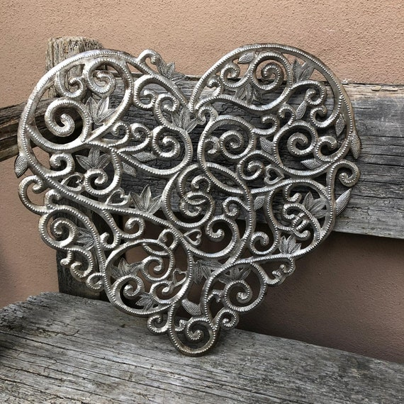 """Heart, Floral Metal Wall Art, Indoor and Outdoor Garden Decor, 15"""" x 16"""""""