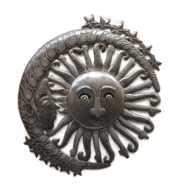 "Moon and Sun Metal Wall Hanging Art Home Living Decor 13.5"" x 15"""