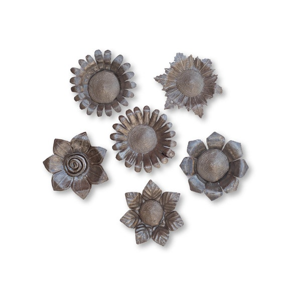 Floral Art, Beautiful Handcrafted Haitian Flowers Made in Haiti From Recycled Metal