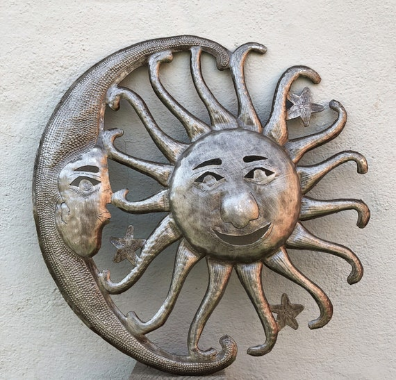 "Moon and Sun Metal Wall Hanging Art Home Living Decor 12.5"" x 12.5"""