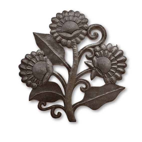 Flower Bouquet Plant, Handcrafted Metal Garden Sculpture, One-of-a-Kind 14x14