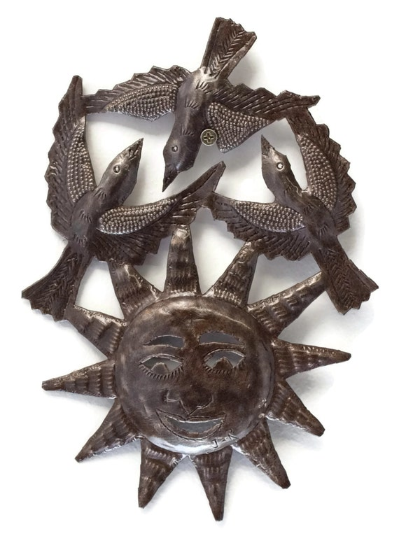 "Birds and Sun Haiti Metal Garden Patio Yard Art 8"" x 11"""