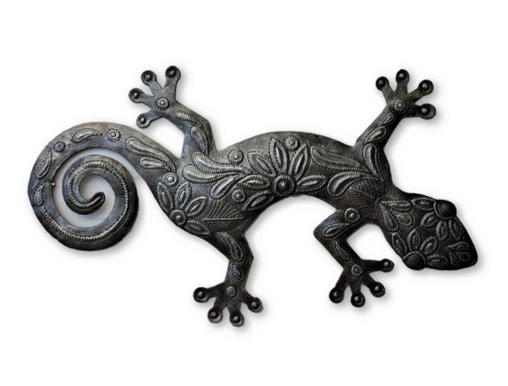 "Gecko, Reclaimed Metal Art from Haiti, Quality Craftsmanship 9"" x 17.5"""