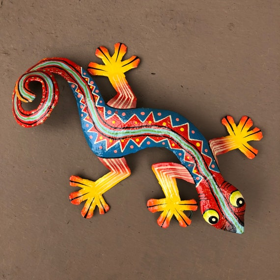 "Gecko, Colorful Hand Painted In Haiti 8"" X 5 1/2"""