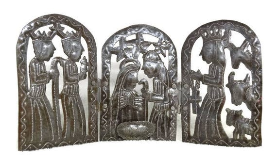 "Tri-fold Holiday Nativity Scene Haitian Metal Art, 15"" X 7.5"""