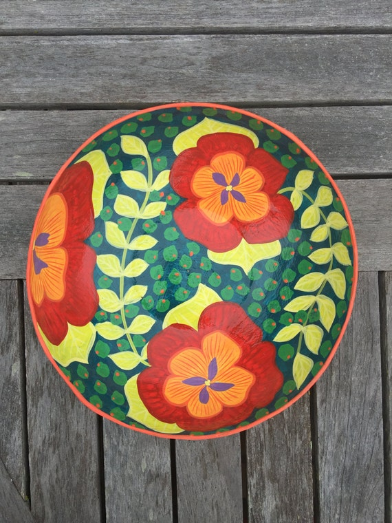 "Haitian Hand Painted Small Bowl, Made from Paper Mache  3"" x 6"""