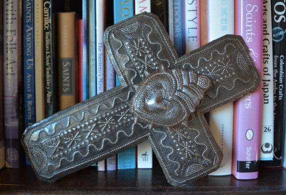 "Metal Wall Cross With raised Center Milagro Heart, Detailed Hammering Work, Novelty Gift , Spirituality & Religion 6 1/2"" x 9"""