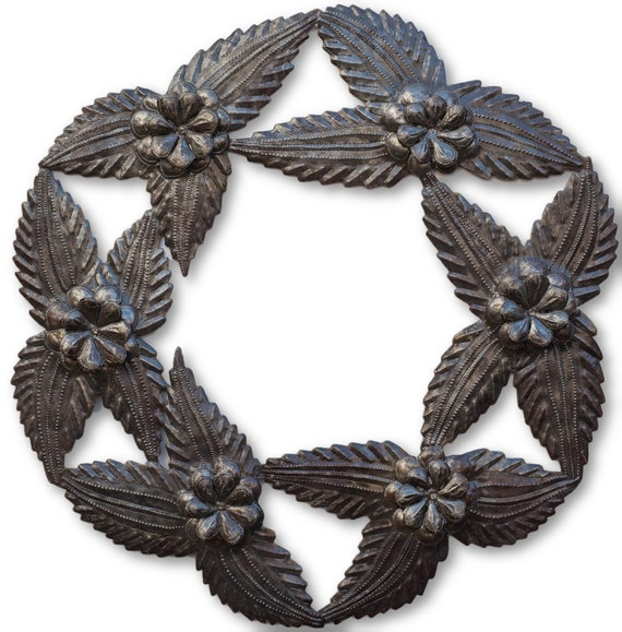 Mistletoe Wreath, Quality Haitian Metal Sculpture, One-of-a-Kind 23x23