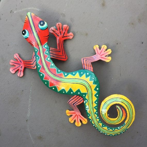 "Gecko, Colorful Hand Painted In Haiti 12.5"" X 8"""