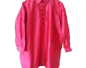 Fucsia.Q. Pure Silk. Mother pearl buttons. Handmade. Ribbons inside. cmz collection.