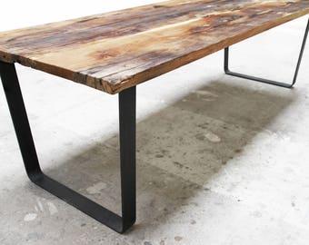 Massivholz Esstisch mit gerade Stahlbeinen zurückgefordert | Etsy