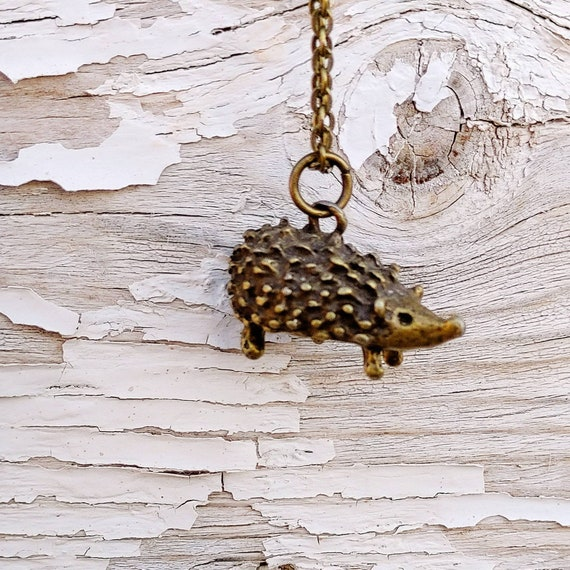 Hedgehog Charm Necklace // Brass Hedge Hog Charm //  Vintage Style Charm // Cable Style Oval Links Flat // Lobster Clasp // 18 Inch