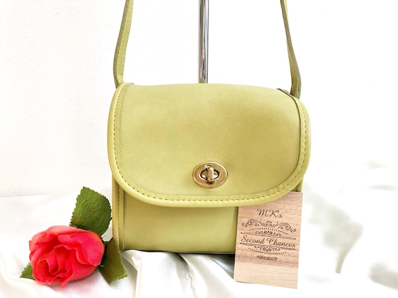 Vintage COACH Emmie Flap in Lime Green Leather, St