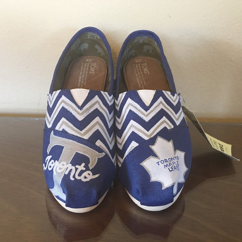 bfb77d416b6 Toronto Maple Leafs womens shoes chevron Toms available