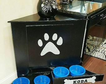 Pet Dog Food Storage Feeder !