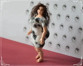 BIG GIRL - 1/12 bjd doll - real female proportions - handmade OOAK custom made by Zjakazumi - mature content