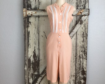 Vintage 1950s Peach and White Gingham Jumpsuit Playsuit Romper Size 14 Medium 28 Waist