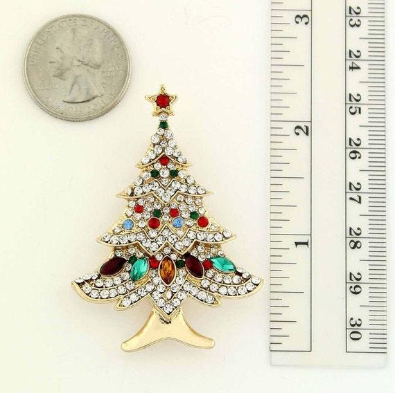 Christmas Brooch,Crochet Christmas brooch,Christmas Accessories,Christmas gift,Holiday Christmas Tree Brooch,Festive Christmas Tree Brooch