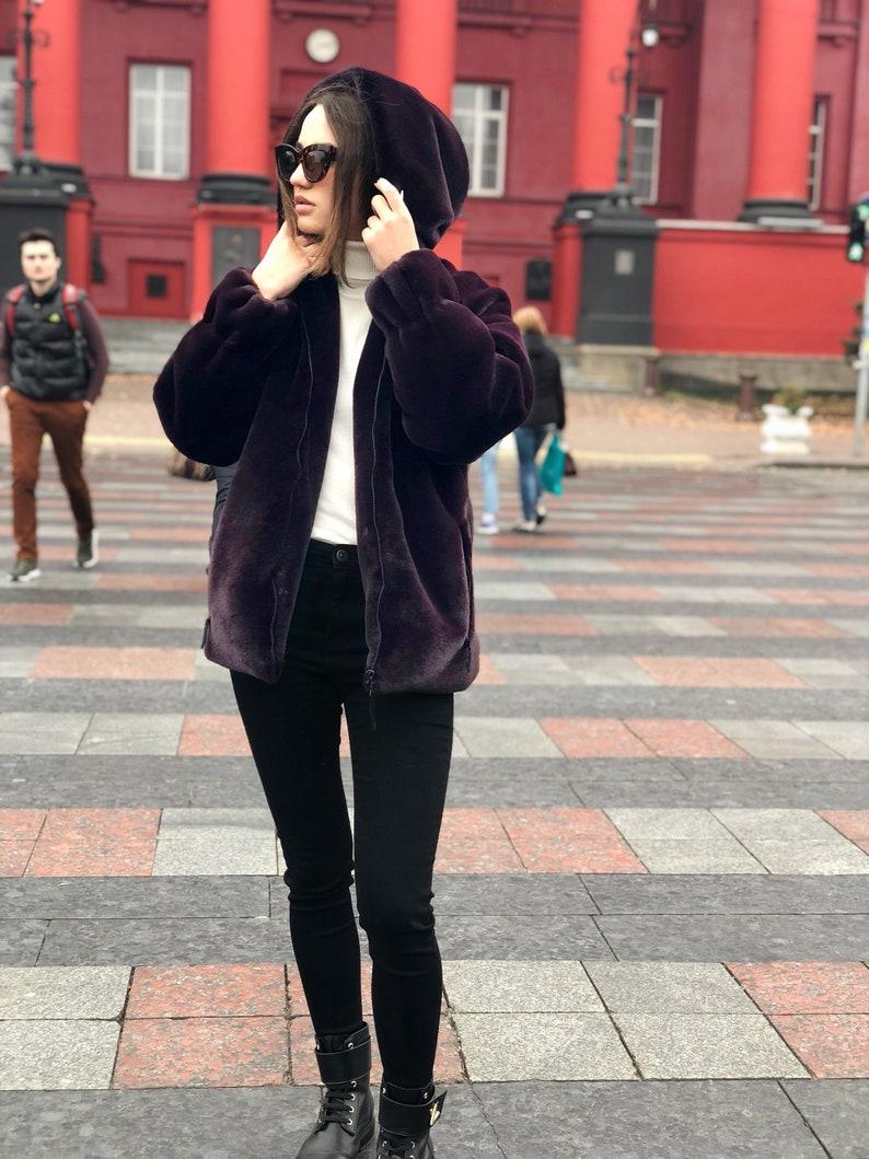 uk availability 1d331 7473e Giacca di pelliccia con cappuccio / pelliccia finta Deep purple cappotto  con cappuccio / peluche felpa con cappuccio / Fuzzy giacca con cappuccio /  ...