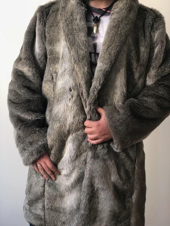 2937fb371ff9 Männer faux Wolf Pelz   Mann warme Winterjacke Plüsch   lange   Etsy