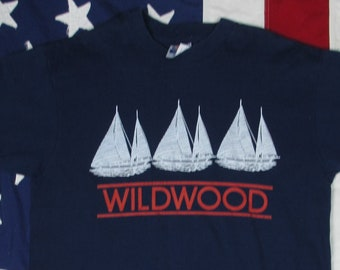 Vintage 1990's Wildwood New Jersey Sail Boat Graphic T-Shirt Medium/Large Navy Blue Resort Soft Thin Hanes Fifty-Fifty