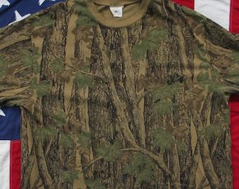 1500045315cc0 Vintage 1980's Trebark Hunting Camo T-Shirt XL Real Tree Camouflage Deer  Duck Outdoors Camping Horizon Ringer Collar