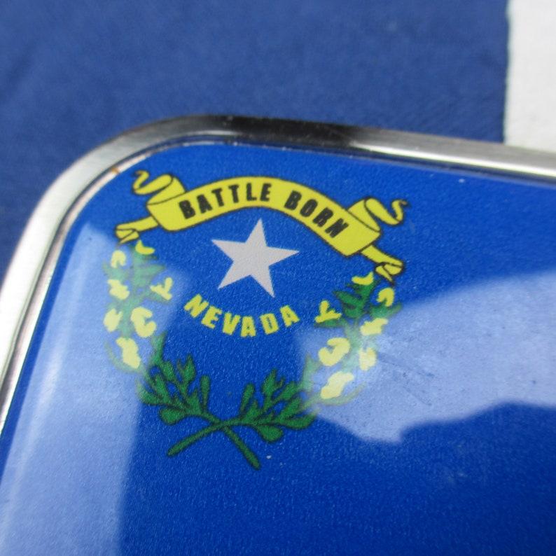 Vintage 1990/'s Nevada Battle Born State Flag Belt Buckle Tin Acrylic Blue Gold Southwest Las Vegas Reno Henderson Pride Tourist Souvenir