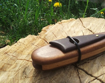 KAZOO - Music instruments made out of Wood for singing and amplify voice's sound