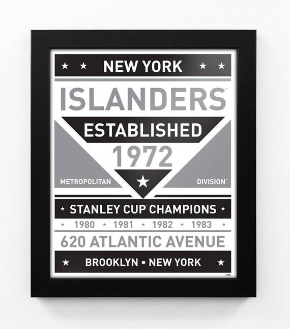 New York Islanders Black White Team Sign Print Framed
