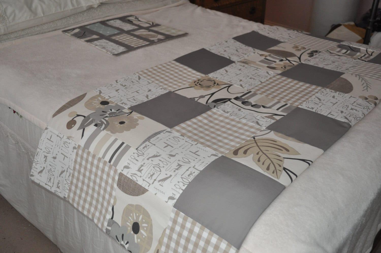 bed runner handmade patchwork double bed runner patchwork. Black Bedroom Furniture Sets. Home Design Ideas