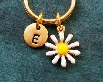 Daisy Keychain VERY SMALL Daisy Charm Keychain Daisy Keyring Flower Keychain Flower Keyring Initial Pendant Keychain Personalized Keychain