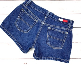 e38eebf6368 Vtg 90s Tommy Hilfiger Retro Denim Shorts 28
