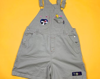 59ce5c6653 Vtg 90s Looney Tunes Retro Tweety Bird Sylvester Cute Flower Embroidery  Overalls Shorts XL