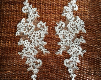 a pair White/ivory Bridal Applique,Lace Applique, bridal headpiece applique, wedding applique, Bridal hair flowers accessories(106-4)