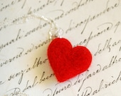 Heart necklace, in fairyt...