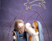 Nativity with Cave in iron wire, crib wool fairytale inspired by Waldorf, Christmas decoration, soft sculpture, collectible dolls