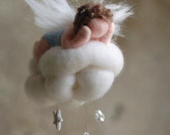 Angel child on the cloud, birth, fairy tale wool, Waldorf inspiration