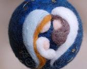 Nativity, Christmas ball, Waldorf-inspired wool crib, Christmas décor, soft sculpture, collectible ball