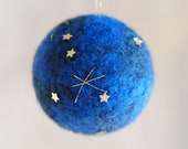 Starry sky, Christmas ball, Waldorf-inspired fairytale wool, Christmas décor, soft sculpture, collectible ball